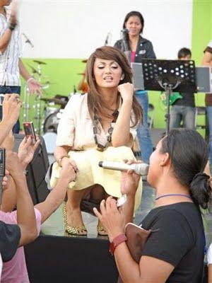 Foto Artis Kelihatan Cdnya » foto artis indonesia kelihatan celana